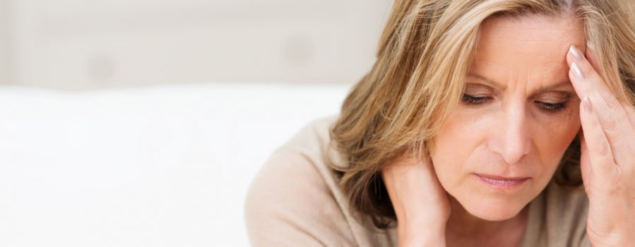 Migrena szyjna - przyczyny, leczenie, ćwiczenia. Jak uśmierzyć ból?